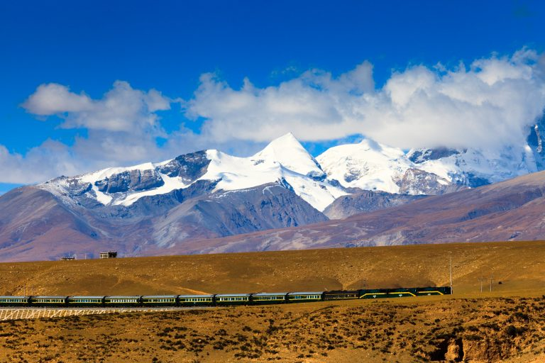 3 Reasons Why You Should Travel to Tibet by Train