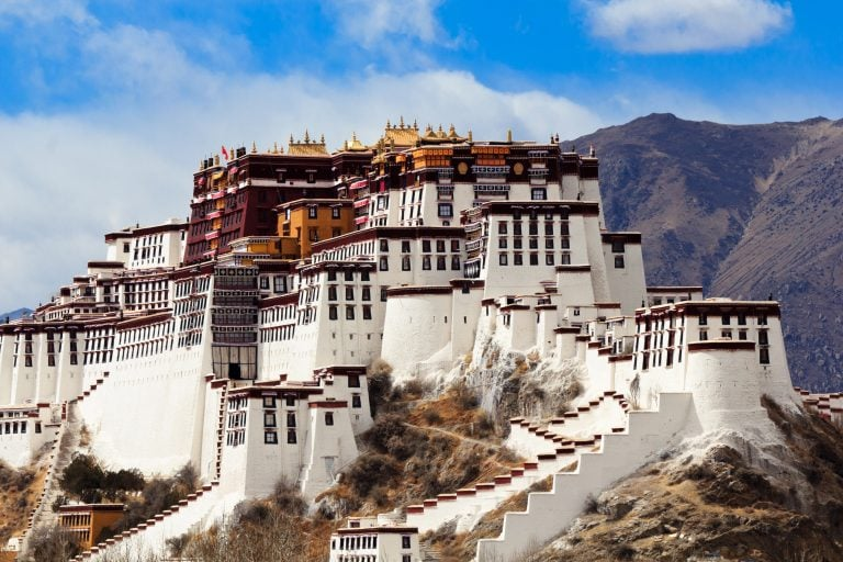 Traveling to Tibet becomes easier in 2019
