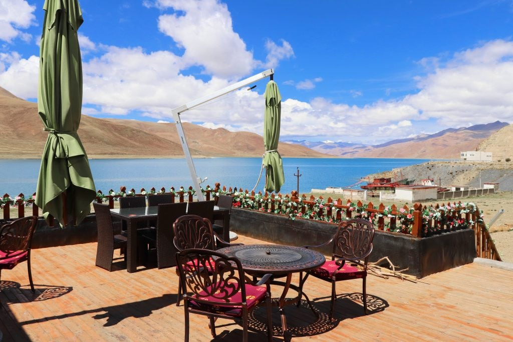 Terrace with view on Yamdrok lake