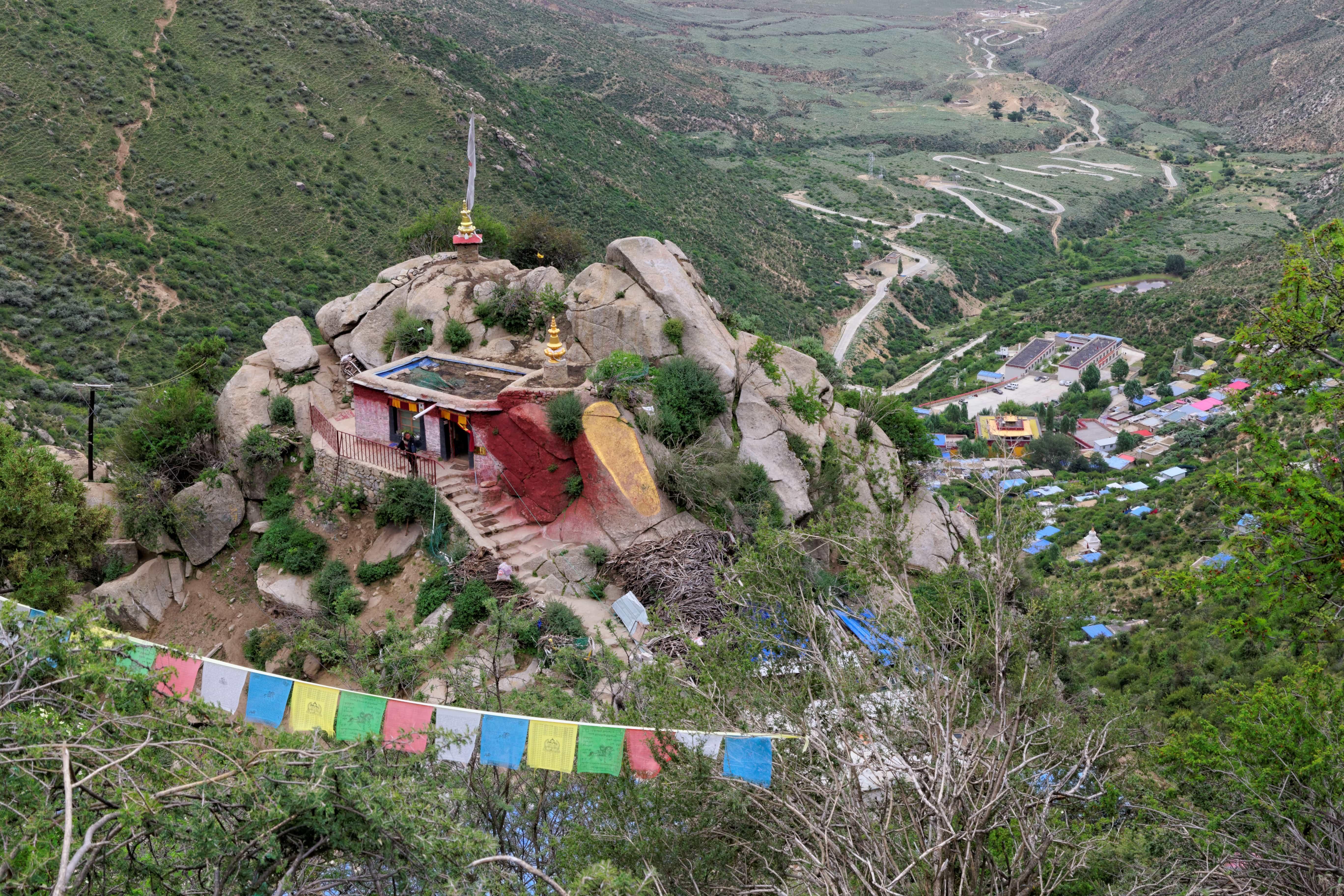 Giant Guru Rinpoche Footprint in Chimpu