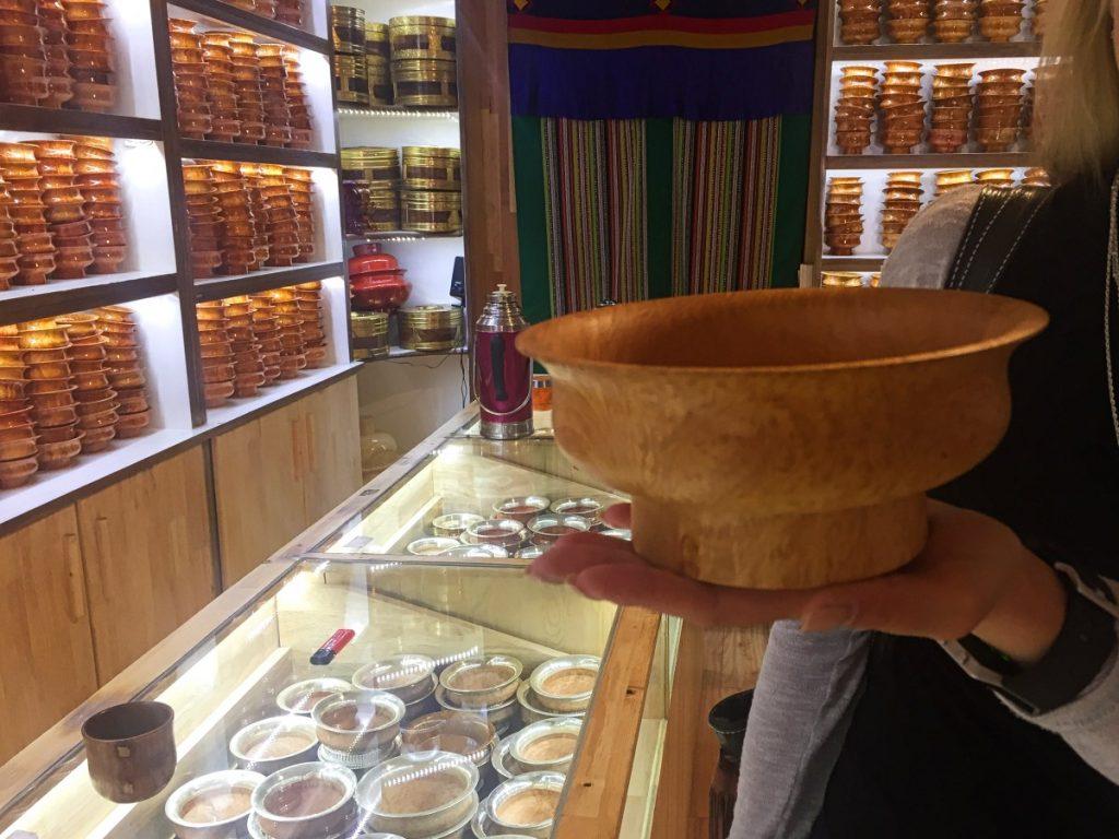 Buying wooden bowl in Lhasa